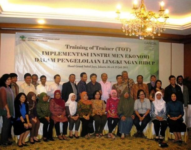 Training of Trainer Sumatra Region-gede